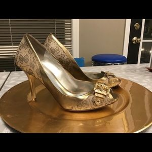 Gold Guess Shoes Size 7.0